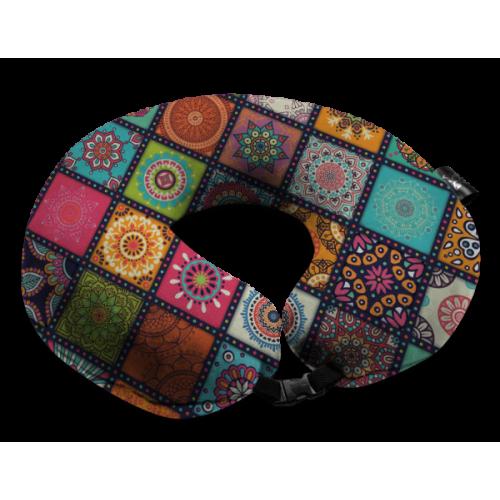 Дорожная подушка с рисунком калейдоскоп